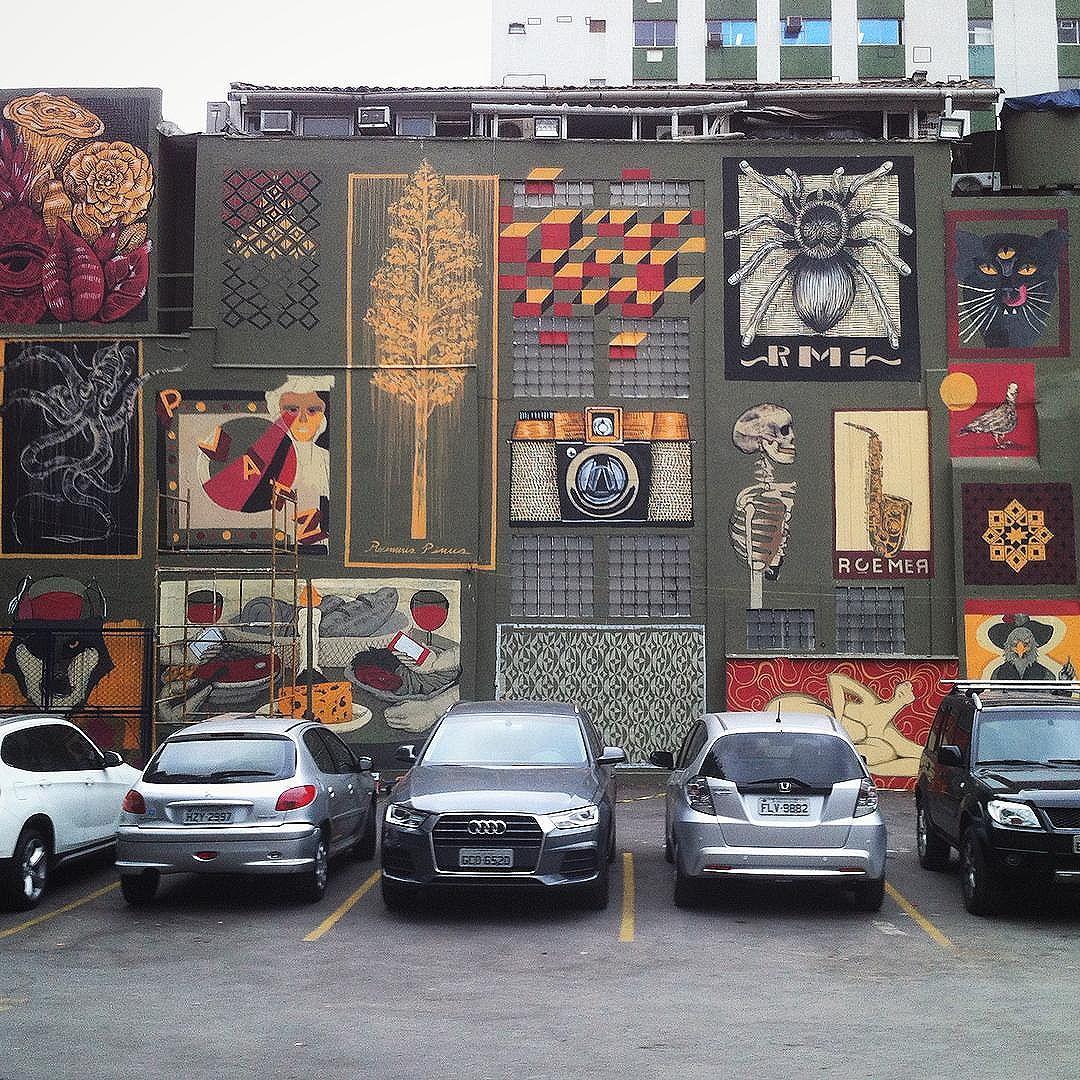 Sp + Arte + Food. ️ + de 20 artistas da cena nacional - Mural : Artwork by ; @gabrielroemer + @_platz + @ramiresss.graff + @gaforjaz. - Ação para o evento da @designweekendsp com apoio da @blazegallery . Um espaço que tem a cara e o bom gosto da Cidade . #cinzaxcores. / #streetphotography #streetartsp #streetart #urbanart #spraypaint #sampagraffiti #misturaurbana #graffiti #graffitiart #tvminuto #sp #oscarfreire #turismodeart #art #artderua #mural #telas #tags #galeria #galery #galleria #brazil #splovers #sousampa #sparte #colors #design #jardinsdd #graffitiworld