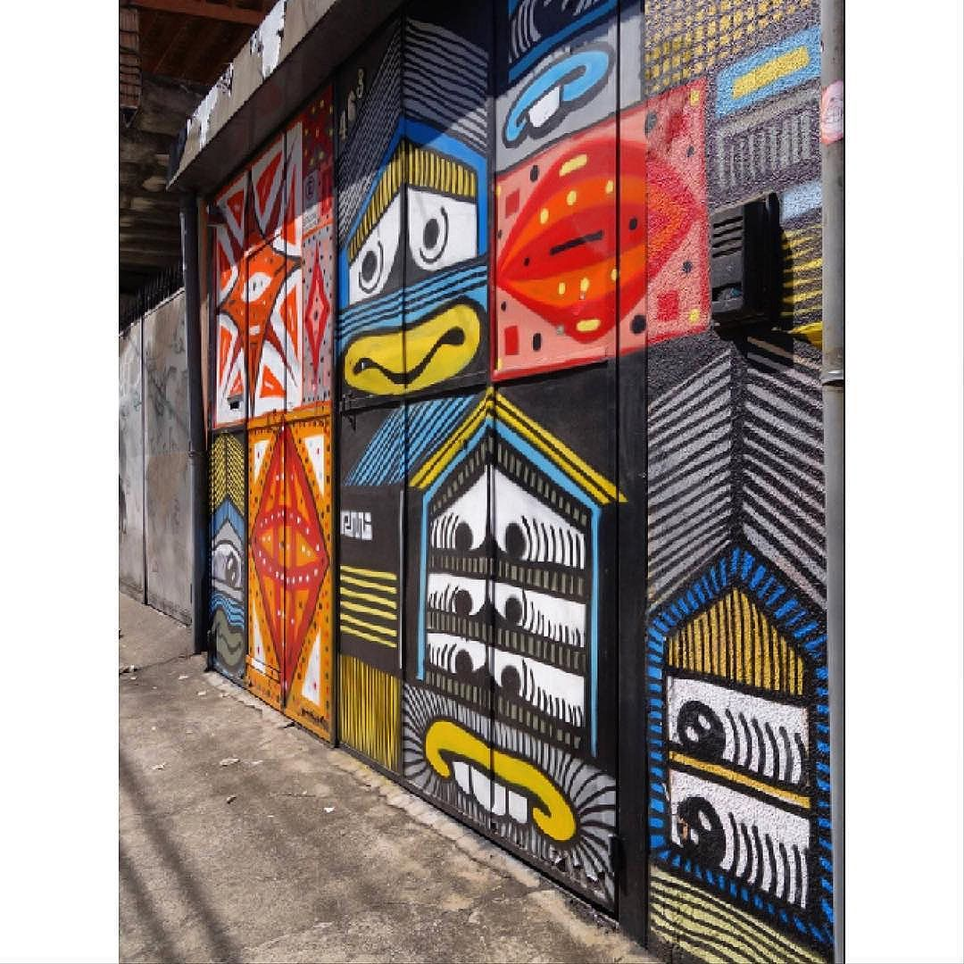 Street Art em Sampa São_Paulo_SP_Brasil Data:20140824 Câmera: #SONY_RX100M2 Photo: J Goncalves #original #splovers #sousampa #sp4you #saopaulonline #saopaulowalk #brasilbr55 #saopaulocity #ig_saopaulo #TopSampaPhotos #cidadedagaroa #brazil_repost #vejasp #spinfoco #euamosp #saopaulocity