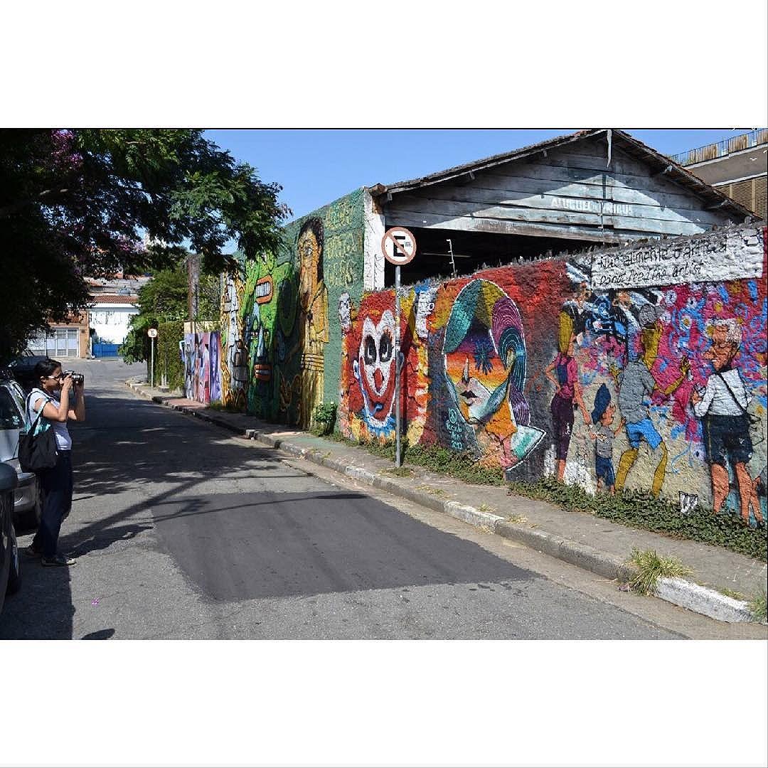 Street Art em Sampa São_Paulo_SP_Brasil_Data:20140503 Câmera: #NIKON_D3100 Photo: J Goncalves #original #splovers #sousampa #sp4you #saopaulonline #saopaulowalk #catracasp #brasilbr55 #saopaulocity #ig_saopaulo #TopSampaPhotos #cidadedagaroa #brazil_repost #vejasp #spinfoco #euamosp #saopaulocity