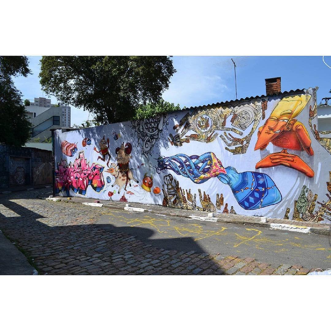 Street Art em Sampa São_Paulo_SP_Brasil_Data:20140503_Câmera: #NIKON_D3100 Photo: J Goncalves #original #splovers #sousampa #sp4you #saopaulonline #saopaulowalk #brasilbr55 #saopaulocity #ig_saopaulo #TopSampaPhotos #cidadedagaroa #brazil_repost #vejasp #spinfoco #euamosp #saopaulocity #nikon