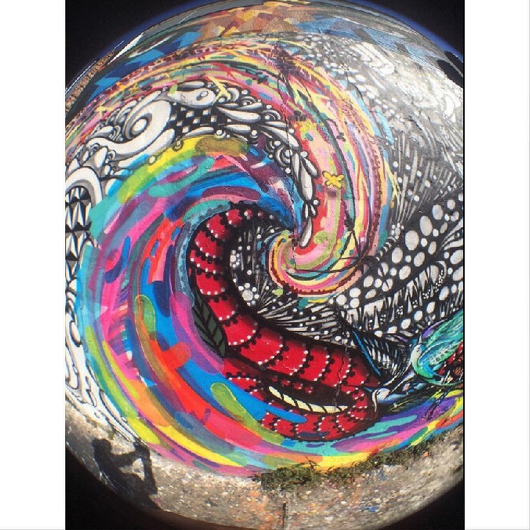 Street Art em Sampa SãoPaulo_SP_Brasil_Data:20150605 Câmera:iPhone5s _Photo: J Goncalves #original #splovers #sousampa #sp4you #saopaulonline #saopaulowalk #catracasp #brasilbr55 #saopaulocity #ig_saopaulo #TopSampaPhotos #cidadedagaroa #brazil_repost #vejasp #spinfoco #euamosp #saopaulocity