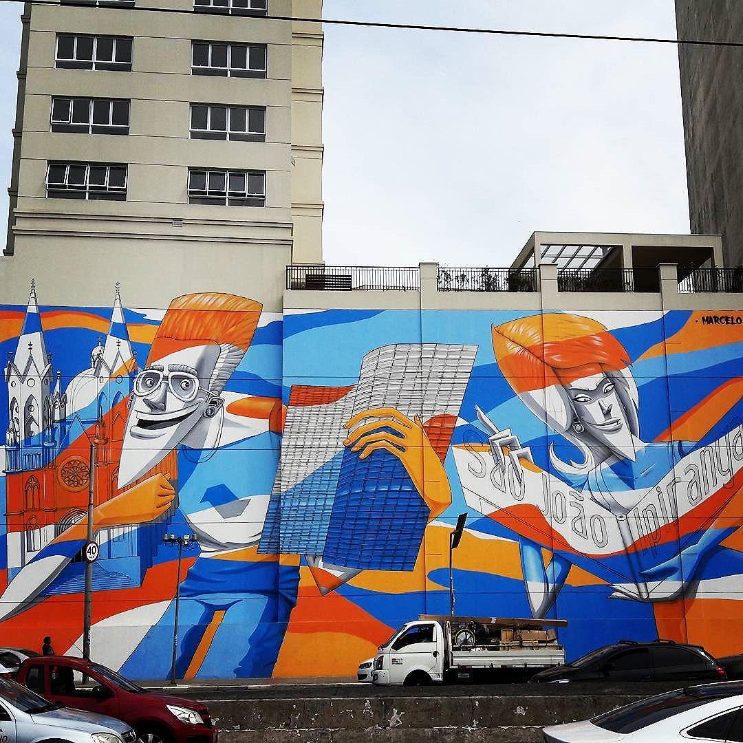 This huge wall art is giving colors in downtown São Paulo! Artist: @marceloeco #marceloeco #sambadograffiti #sampagraffiti #graffiti #graffiti_clicks #grafite #graf #streetart #streetartsp #streetphoto #streetarteverywhere #streetartphotography #spray #bagarre #spraypaint #urbanwall #urbanart #wallart #saopaulo #brasil #rsa_graffiti #bikini #braznu #sampa #tv_streetart #saopaulocity #tv_sa_simplicity_graff #streetartofficial