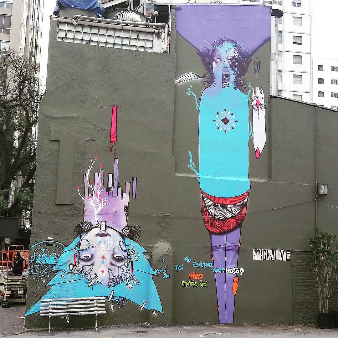 Very nice wall art in Jardins (São Paulo) Artist: @nickaliveone #nickalive #sambadograffiti #sampagraffiti #graffiti #graffiti_clicks #grafite #graf #streetart #streetartsp #streetphoto #streetarteverywhere #streetartphotography #spray #bagarre #spraypaint #urbanwall #urbanart #wallart #saopaulo #brasil #rsa_graffiti #bikini #braznu #sampa #tv_streetart #saopaulocity #tv_sa_simplicity_graff #streetartofficial