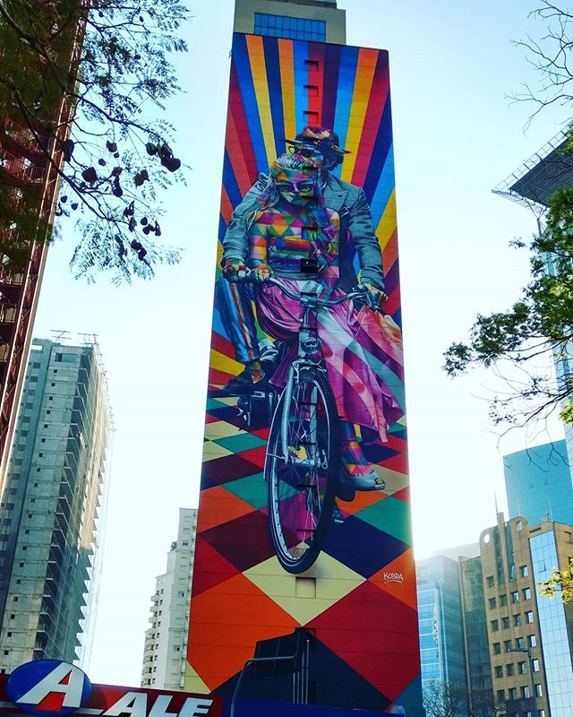 Cores da capital... #streetart #streetartsp #artederuasp #artederua #grafitti #kobrapaint #coresdesampa #sampacity #saopaulooriginals