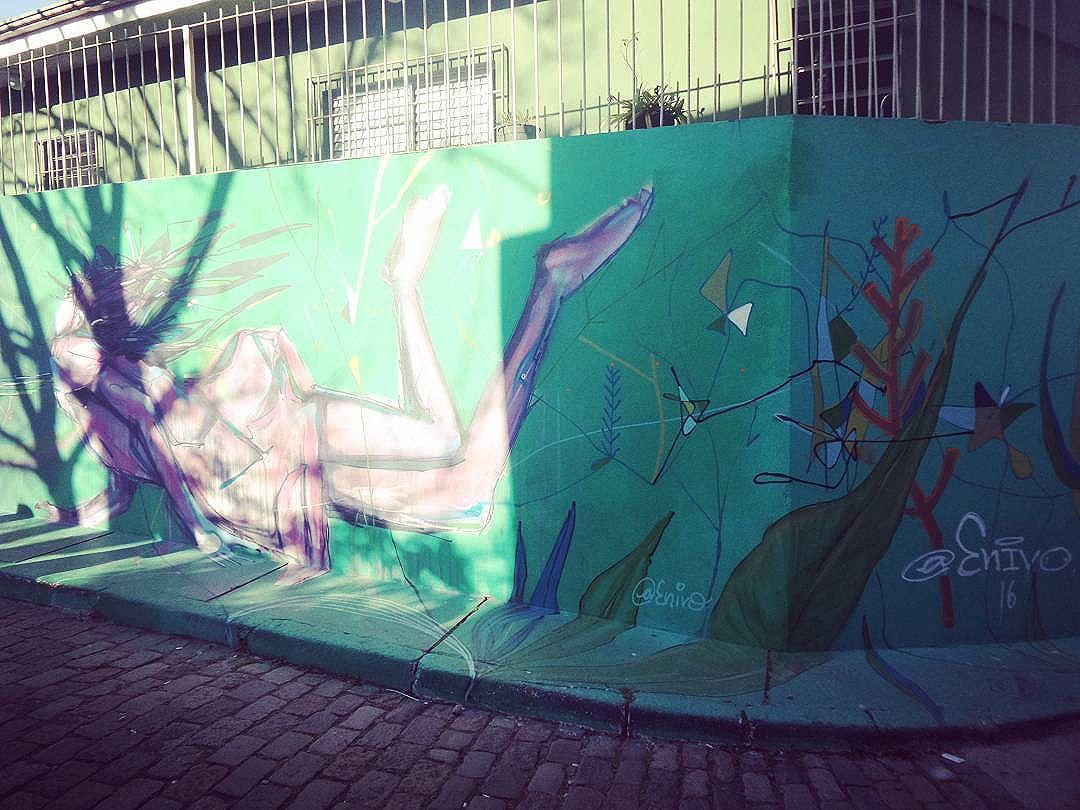 #enivo #streetartsp #graffitisp #sampagraffiti #streetartist #streetstyle #streetphotography #streetphotographers #ofantasticomundodografite #urbanwalls #sprayart #aerosolart #be_one_urbanart #graffiti_of_our_world #streetartglobal #vilamadalena #saopaulo #arteurbana #becodobatman #poraisp #vejasp #batmansalley