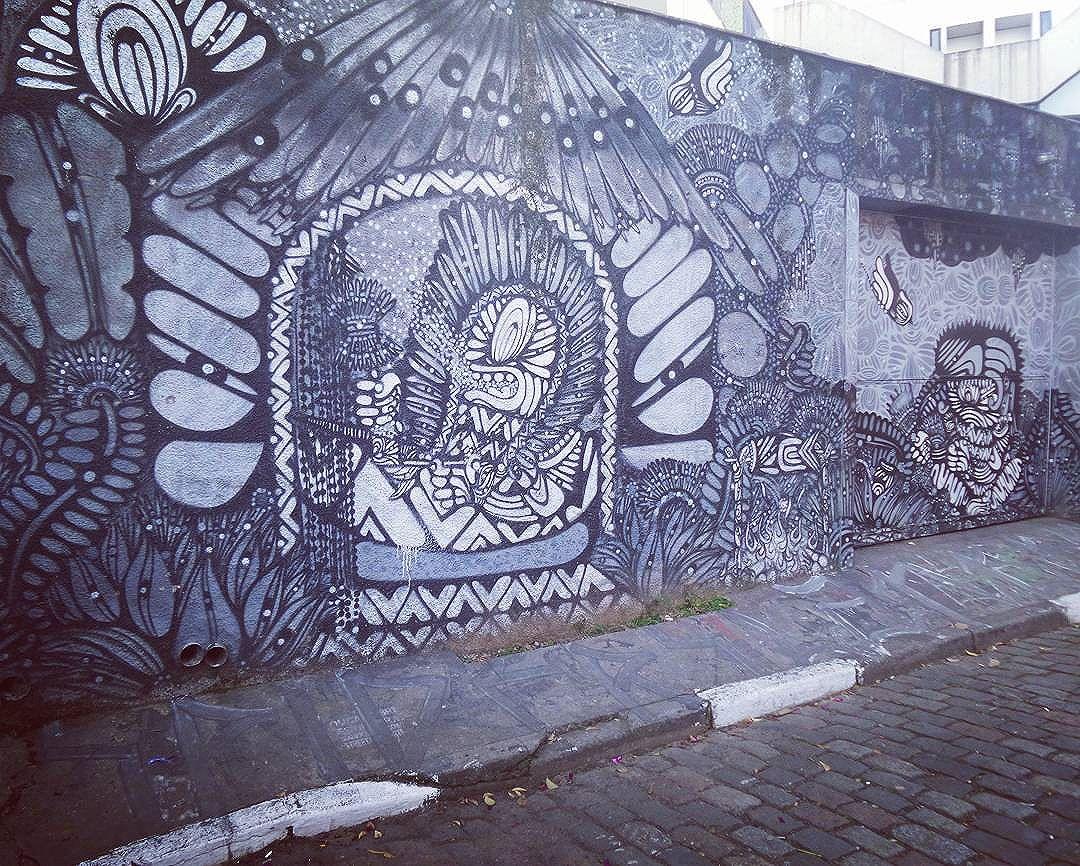 #graffiti #graffitiart #graffitisp #sampagraffiti #streetartsp #streetarteverywhere #streetstyle #streetphotography #streetphotographers #ofantasticomundodografite #streetartglobal #aerosolart #sprayart #spraywall #graffiti_of_our_world #becodobatman #vilamadalena #be_one_urbanart #street_art #saopaulo #ilovesp #arteurbana