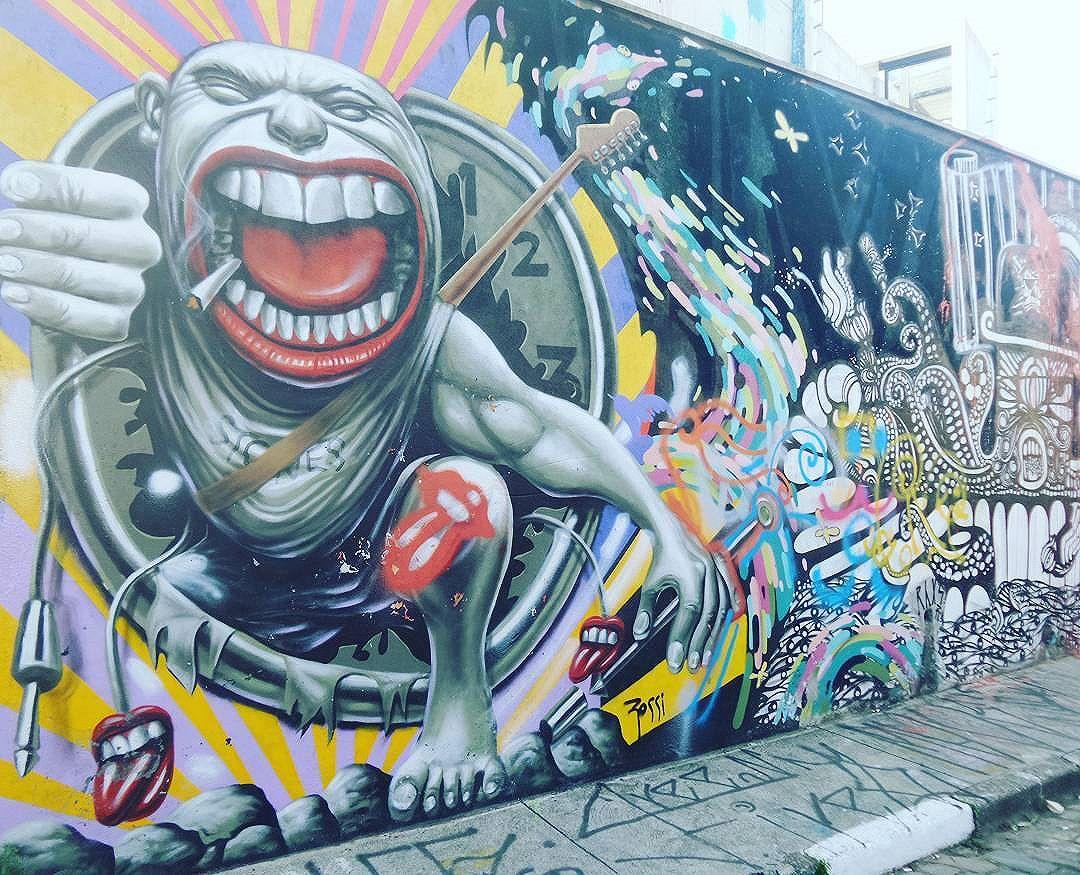 #graffiti #graffitiart #graffitisp #streetartsp #sampagraffiti #becodobatman #vilamadalena #spraywall #saopaulo #aerosolart #be_one_urbanart #graffiti_of_our_world #streetartglobal # #streetphotography #streetphotographers #ofantasticomundodografite #wallporn #sprayart #street_art_community #batmansalley