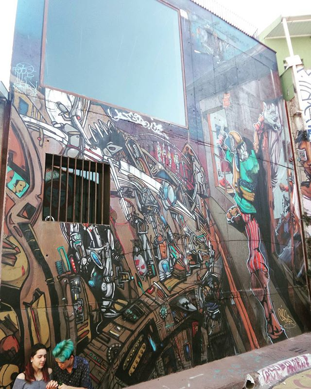 #graffiti #graffitiart #graffitisp #streetartsp #sampagraffiti #becodobatman #vilamadalena #streetart #streetphotography #streetphotographers #ofantasticomundodografite #urbanwalls #sprayart #spraywall #aerosolart #graffiti_of_our_world #streetartglobal #street_art_community #arteurbana #artrua #batmansalley #vilamadalena #saopaulo