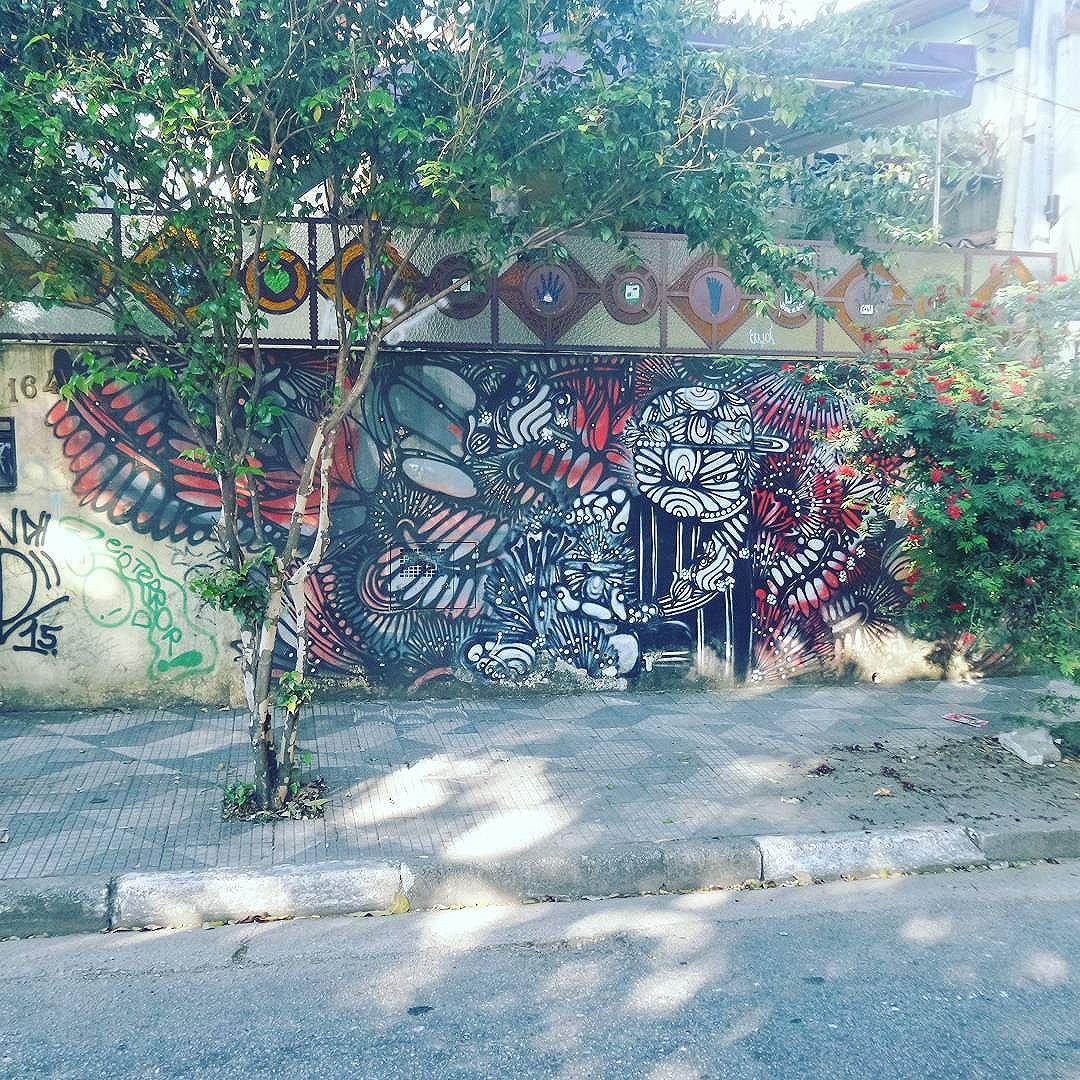 #graffiti #graffitiart #streetarteverywhere #streetstyle #streetphotography #streetphotographers #ofantasticomundodografite #streetartsp #graffitisp #sampagraffiti #streetartist #arteurbana #vilamadalena #saopaulo #sprayart #spraywall #graffiti_of_our_world