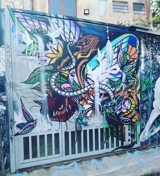 #graffiti #graffitiart #streetartsp #graffitisp #sampagraffiti #streetartist #streetstyle #streetphotography #streetphotographers #ofantasticomundodografite #arteurbana #becodobatman #vilamadalena #spraywall #saopaulo #aerosolart #be_one_urbanart #graffiti_of_our_world #streetartglobal
