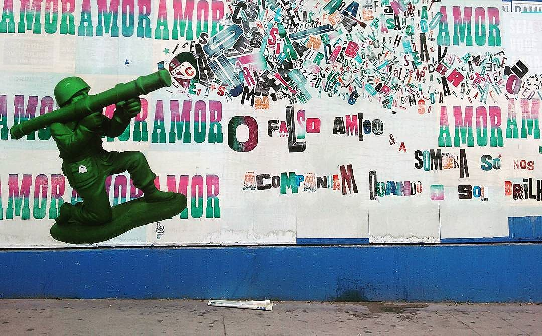 #lambelambes #streetartsp #streetart #streetphotography #graficafidalga #buenocaos