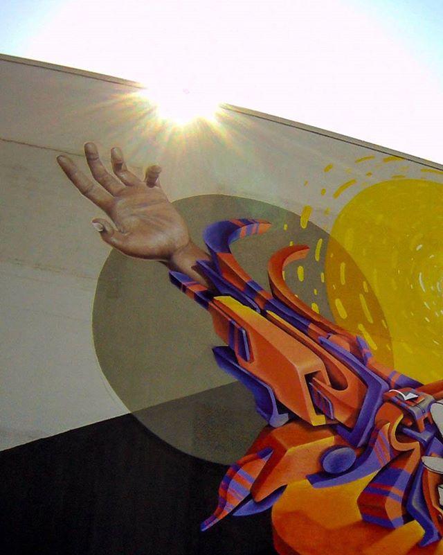 Mais uma parte do Mural.... DWalk - Semana Design do Vale - Pintura na loja Villa Bella Colinas em Sjcampos. #vespa #vespapdfcrew #vespaabp #3dbrasil #artdovespa #pdfcrew #abp #streetartbh #belohorizonte #graffiti #arteurbana #love3d #3dstyle #dwalksjc #dwalk #villabellacolinas #grafite #muralism #muralismo #instagrafite #letras #streetart 3 #streetartbrasil #graffitibrasil #streetartsp #johnrogersquad #urbanart #arte #rua #redevanguarda #redevanguarda @johnrogerbrand @instagrafite @globalstreetart #streetartbrasil