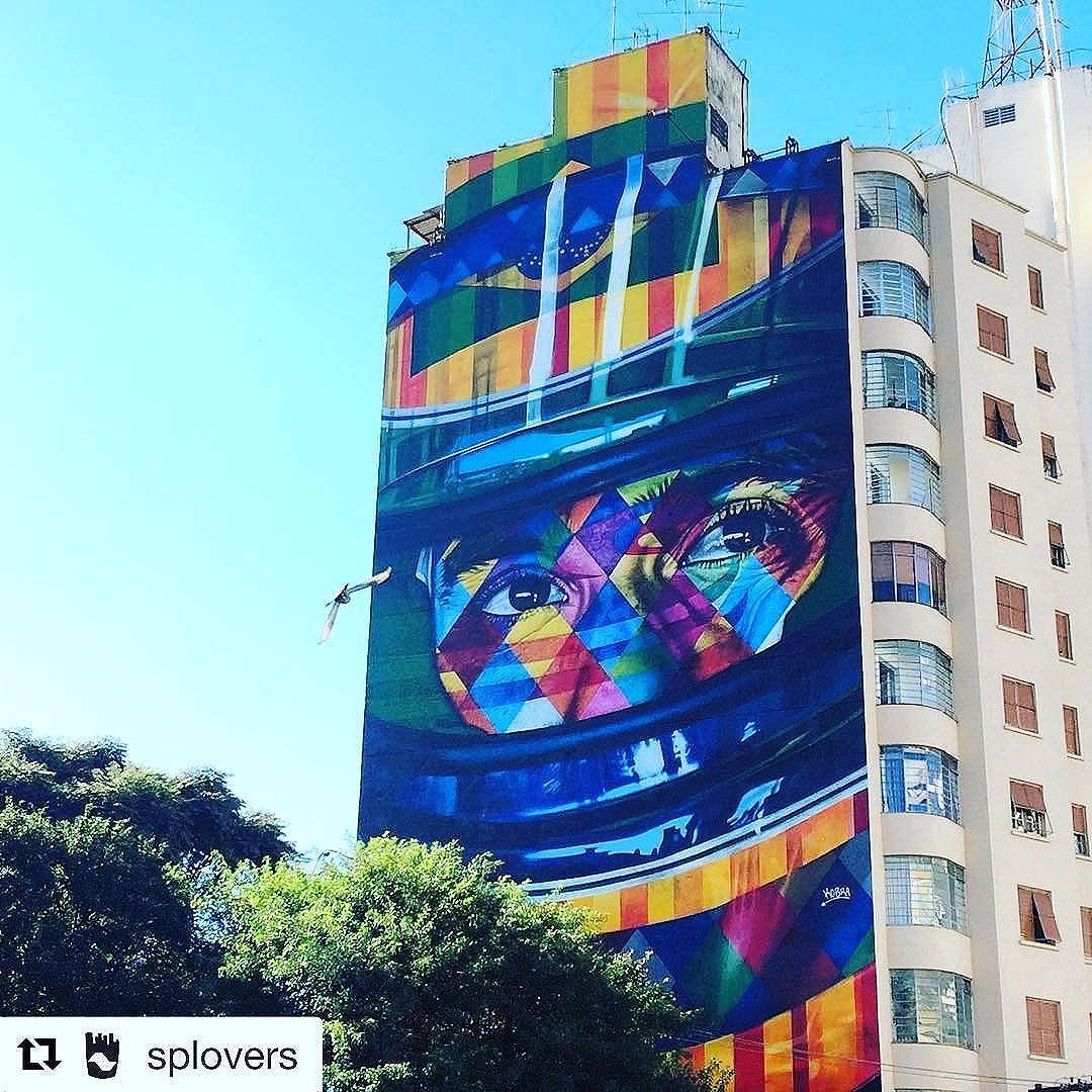 Os talentos estão em cada esquina, entre ruídos e as luzes da cidade! #ilovesampa #streetartsp #regram @splovers