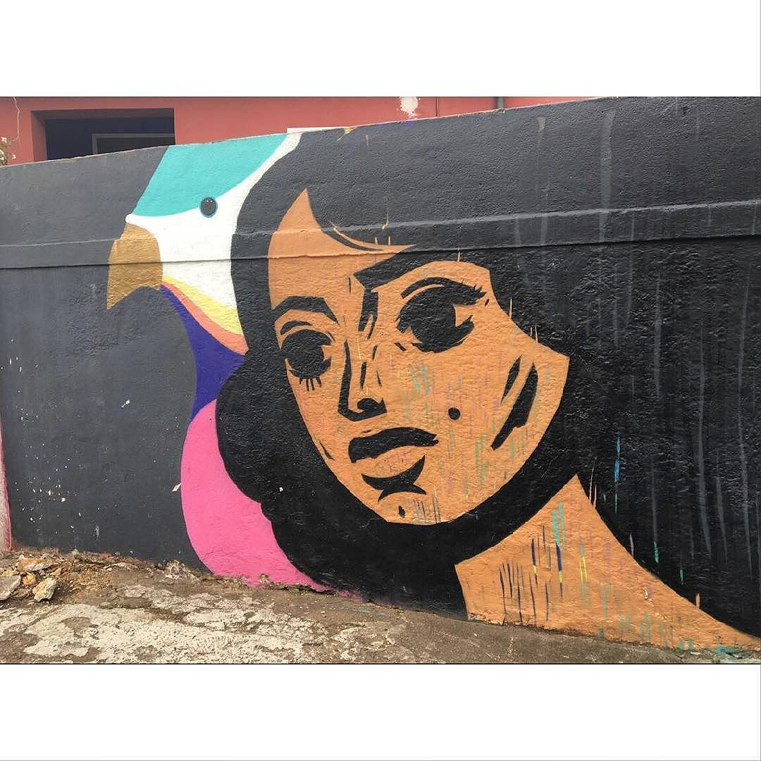 Street Art em Sampa SãoPaulo_SP_Brasil_Data:20160507_Câmera: #iPhone6s Photo: J Goncalves #original #splovers #sousampa #sp4you #saopaulonline #saopaulowalk #catracasp #brasilbr55 #saopaulocity #ig_saopaulo #TopSampaPhotos #cidadedagaroa #brazil_repost #vejasp #spinfoco #euamosp #saopaulocity
