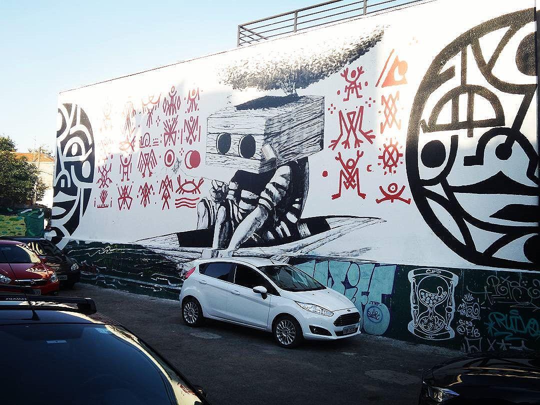 #streetartsp #graffitisp #sampagraffiti #streetartist #streetstyle #streetphotography #streetphotographers #ofantasticomundodografite #urbanwalls #streetart #arteurbana #aerosolart #be_one_urbanart #graffiti_of_our_world #sprayart #saopaulo #sp
