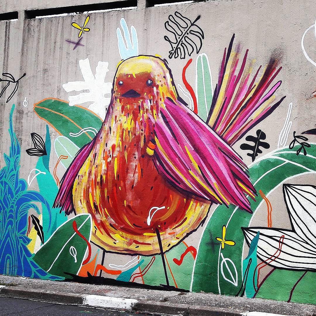 Colorful  bird  and nature  by MILO TCHAIS (@milotchais), part of the Tunel Noite Ilustrada project in São Paulo. #milotchais #bird #sambadograffiti #chambs #be_one_urbanart #graffiti #graffiti_clicks #grafite #musiconwalls #streetart #streetartsp #streetphoto #streetarteverywhere #streetartphotography #spraypaint #urbanwall #urbanart #wallart #girlsandguitars #rsa_graffiti #braznu #mow #tv_streetart #saopaulocity #tv_sa_simplicity_graff #streetartofficial #be_one_urbanart #brarts #tunelnoiteilustrada