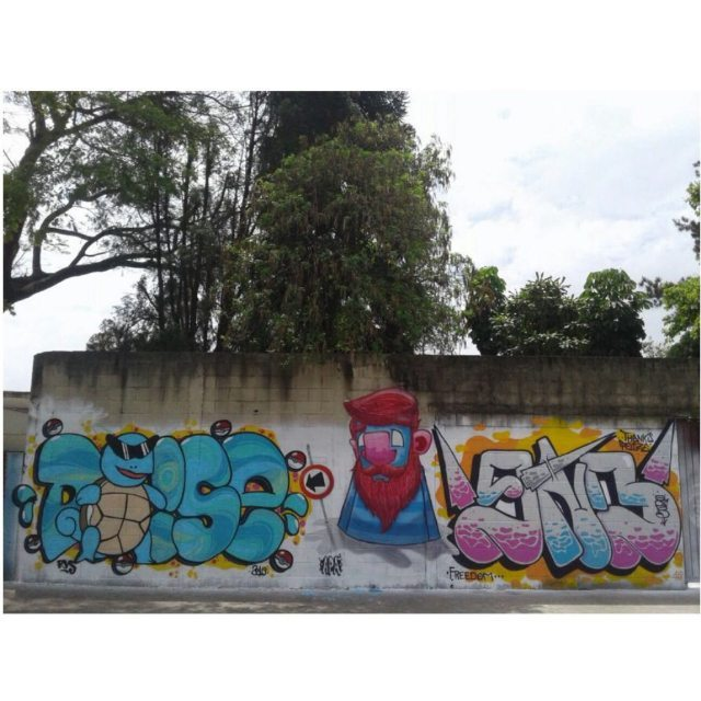 De uns dias em Guarulhos no evento do mano Poizé. +@_poizeh +@brunoonb  #graffiti #graff #graffart #art #arte #arts #artist #colors #color #cor #cores #apa #apaone #brazilianart #brazilianstyle #brazilianartist #streetartsp #streetart #urbanstyle #urbanart #urbanartist #maiscorporfavor #character #cartoons