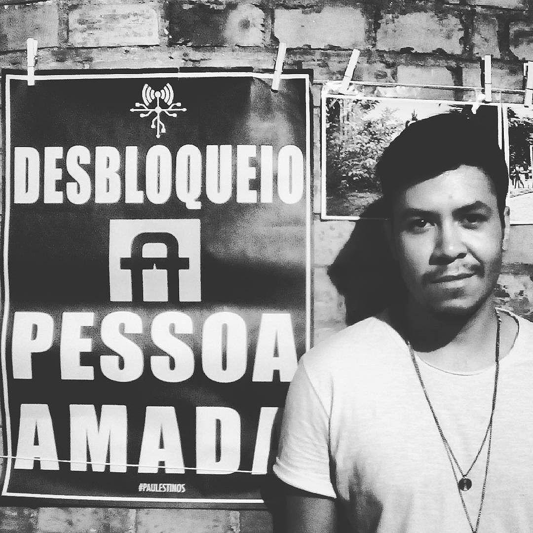 Desbloquear #paulestinos #lambelambe #arteurbana #streetart #taescritoemsampa  #poesiaderua #poesiaconcreta #poesia #lambelambe #streetart #urbanart #arteurbana #artelatina #artecallejero #artecallejerolatinoamerica #taescritoemsampa #olheosmuros #streetartsp  #colagem #poesianoconcreto #pixo #rua #ruasdesp #saopaulo #lambesbrasil