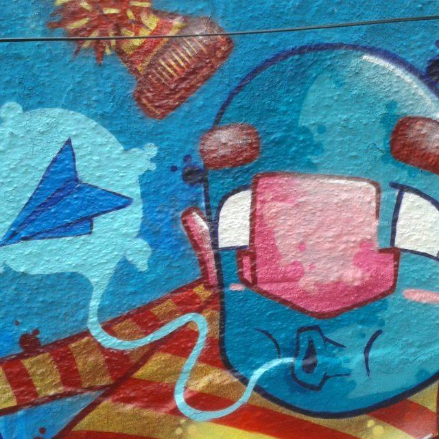 Detalhe do trampo de ontem no evento Perusferia.  Vlw @guetus1.sp.br pelo convite!  #graffiti #graff #graffart #art #arte #arts #artist #colors #color #cor #cores #apa #apaone #brazilianart #brazilianstyle #brazilianartist #streetartsp #streetart #urbanstyle #urbanart #urbanartist #maiscorporfavor #character #cartoons