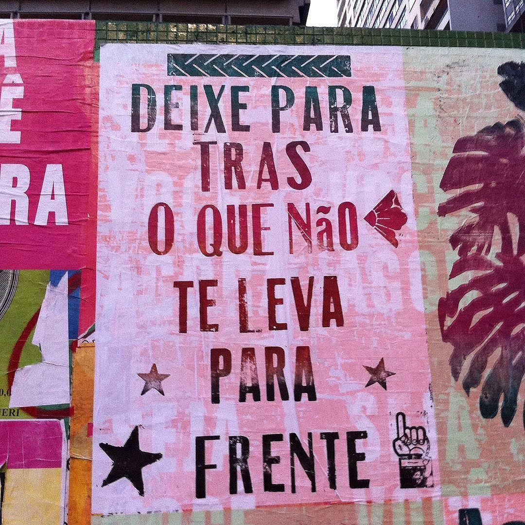 Muros SP. #lambelambe #lambe  #art #arte #streetart #digitalart #collage #colagem #urbanart #streetartsaopaulo #streetartsp #arteurbana #wall #wallart #wallstreet #murosquefalam #muros #murossp #spsemmesmice #sp #sampa #saopaulo #saopaulocolorida #paulista #avenidapaulista