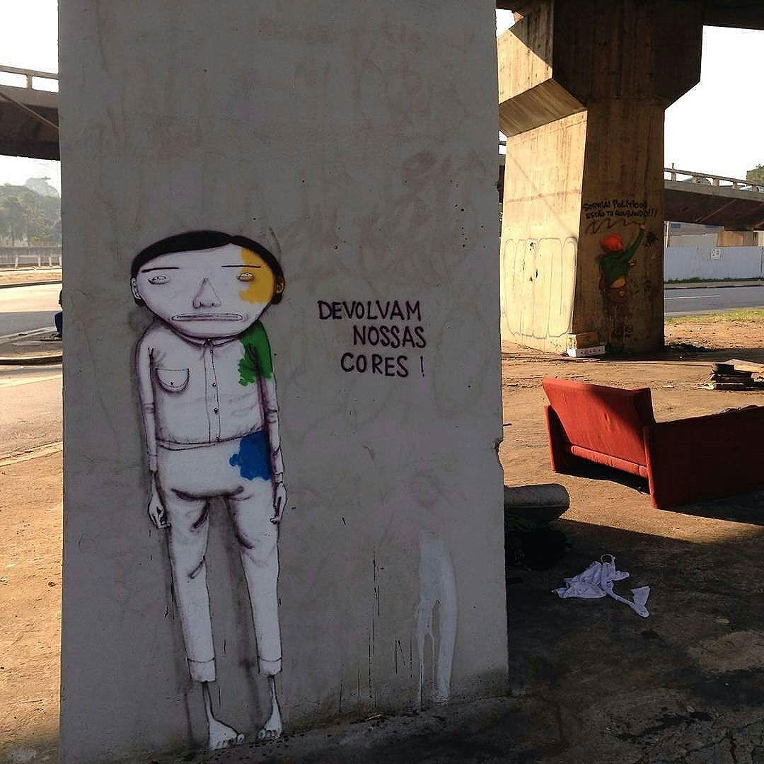 "Parque Dom Pedro?? Uia! @Regrann from @samba.do.graffiti - ""Devolvam nossas cores!"" Artists: @osgemeos (@xabu & @kanciukaitis) #osgemeos #osgemeosart #sambadograffiti #sampagraffiti #graffiti #graffiti_clicks #grafite #graf #streetart #streetartsp #streetphoto #streetarteverywhere #streetartphotography #spray #bagarre #spraypaint #urbanwall #urbanart #wallart #saopaulo #brasil #rsa_graffiti #bikini #braznu #sampa #tv_streetart #saopaulocity #tv_sa_simplicity_graff #streetartofficial"