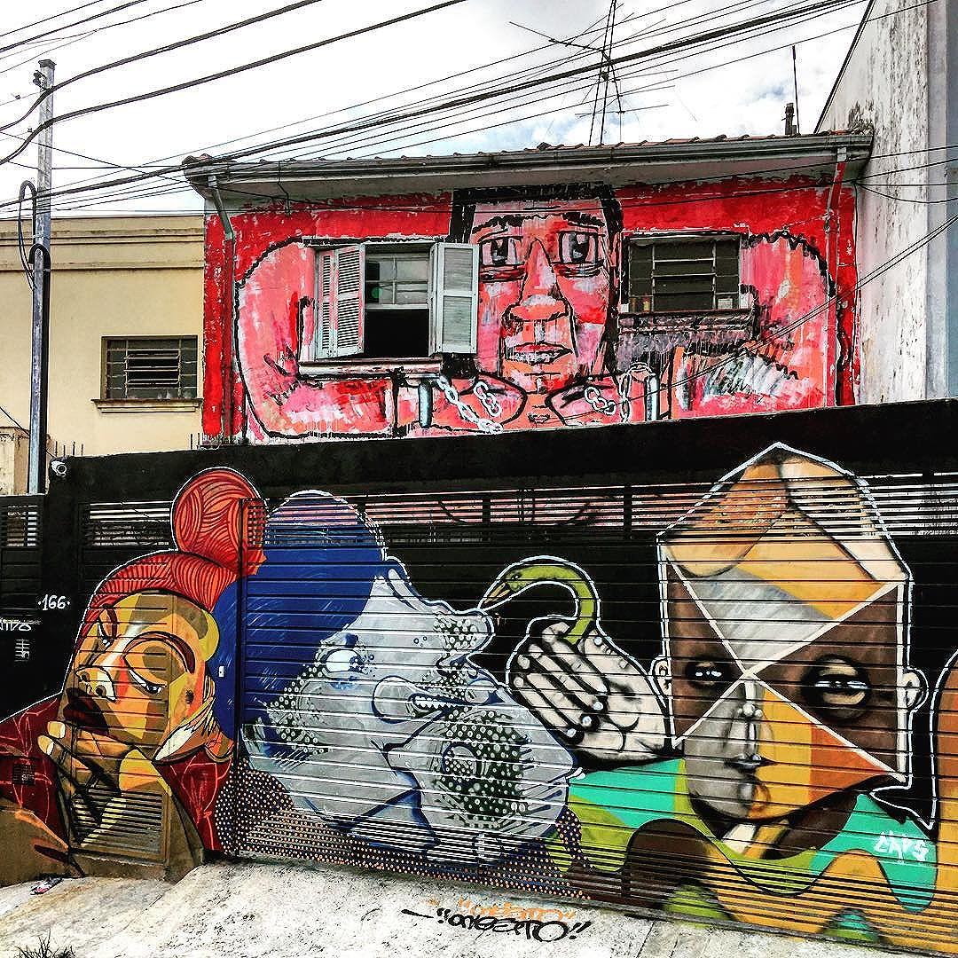 #instagrafite #streetart #urbanart #graffiti #streetartsp #artederua #arteurbana #streetphotography #streetarteverywhere #streetart_daily #streetartandgraffiti #graffitiporn #spraypaint #spray #sprayart #saopaulo #sp #misturaurbana #011 #sampa #olheosmuros #sp4you #coolsampa #sampa #sp011 #euvejosp #ig_saopaulo #sambadograffiti #graffitisp