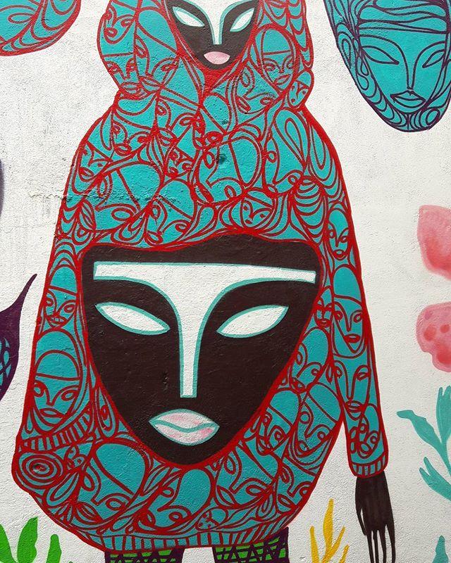 Linda arte na Vila Madalena, São Paulo (Brasil) Artista: @rimonguimaraes #rimonguimaraes #rim #visage #sambadograffiti #be_one_urbanart #graffiti #graffiti_clicks #grafite #graf #streetart #streetartsp #streetphoto #streetarteverywhere #streetartphotography #spraypaint #urbanwall #urbanart #wallart #saopaulo #brasil #rsa_graffiti #tv_streetart #saopaulocity #tv_sa_simplicity_graff #streetartofficial #artonwalls #brarts #taglifegraffiti