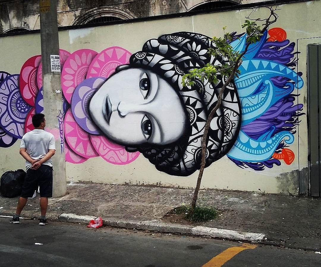 Minha parte finalizada do painel com os amigos @nickaliveone @leiga_ @bender_insta  Depois eu posto o muro todo.  #cadumen #graffiti #rua #streetart #welovestreetart #arte #streetarteverywhere #saopaulo #streetartsp #mural #spray #total_urbanart #sprayart #sampa #artenarua #artederua #grafite #brazil #arteurbana #streetart_daily #brstreet #urbannation #wallart #artwork #streetartandgraffiti #brazilianart #graffitiartmagazine #graffitiart  #fromthestreets #streetartofficial