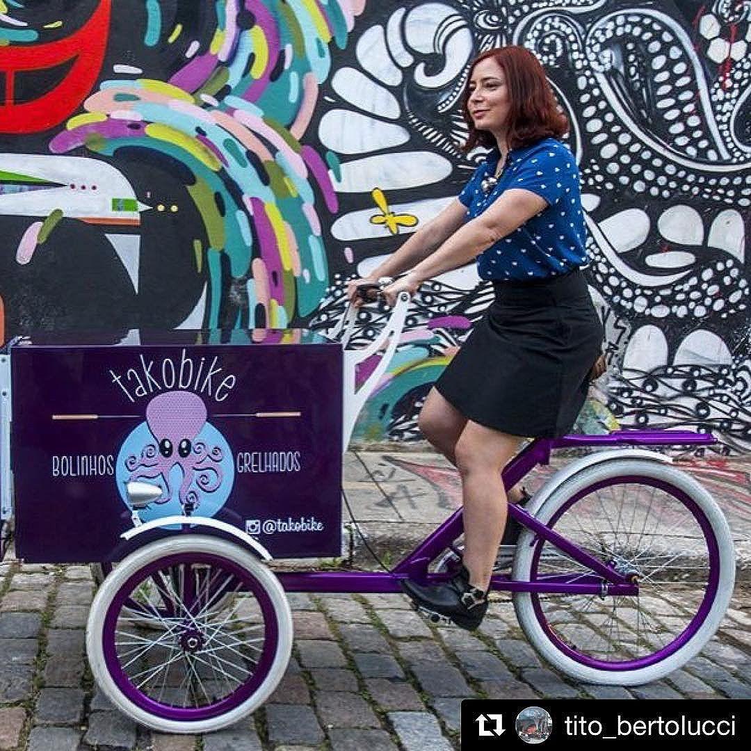 Amanhã, estaremos no beco do batman (rua Afonso Gonçalo, 96), na Vila Madalena!  A partir das 14h. #takoyaki #takobike #foodbike with @repostapp ・・・ Nesse sabadão receberemos @takobike na Alma Da Rua @aalmadarua mural @localstudioart #becodobatman #almadarua #graffiti #streetartsp #street #pixacao #doria #doriangray
