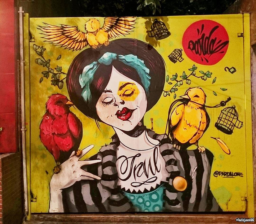 Arte na rua. . . . . . . . . #StreetArtSP #2017 #liberdadesp #liberdade #saopaulo_x #saopaulocity #spdagaroa #tvminuto #sampa #amosaopaulo #cidadedagaroa #ig_saopauloy #spdagaroa463 #sp463anos #sp463 #463anos #463sp #liberdade.asia