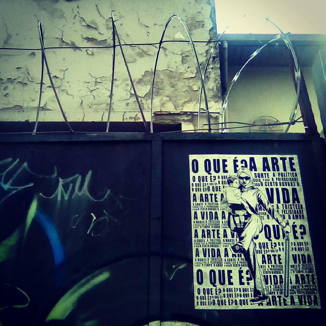 Cangasiria #paulestinos #refugiados #siria #sirios #paulestinos #lambelambe #poesiaderua #poesiaconcreta #poesia #lambelambe #streetart #urbanart #arteurbana #artelatina #artecallejero #artecallejerolatinoamerica #taescritoemsampa #olheosmuros #streetartsp  #colagem #poesianoconcreto #lambesbrasil