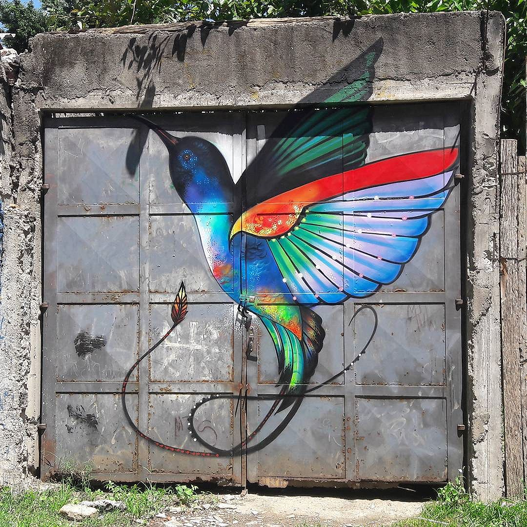 Colofurl bird by BOLETA (@boletabike) in Vila Pompeia (São Paulo, Brazil) #boleta #passaro #be_one_urbanart #graffiti #graffiti_clicks #grafite #graf #streetart #streetartsp #streetphoto #streetarteverywhere #vilapompeia #artondoors #streetartphotography #spraypaint #urbanwall #urbanart #wallart #saopaulo #brasil #rsa_graffiti #tv_streetart #saopaulocity #tv_sa_simplicity_graff #streetartofficial #artonwalls #brarts #taglifegraffiti #birds