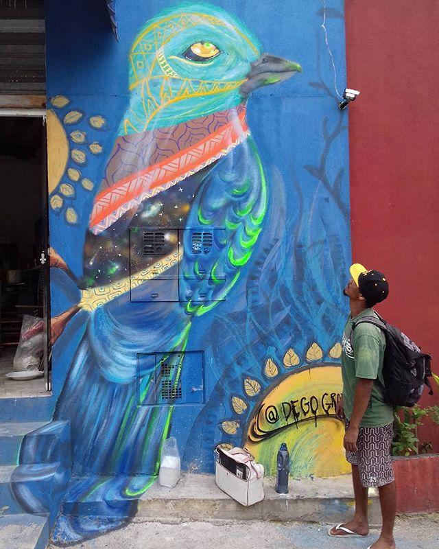 Trabalho de hoje ! Spray sobre parede. Técnica mista. #Art #spraypaint #grafit #globalstreetart #streetartsp #streetart #arturbana #instagrafite #degografit #arte