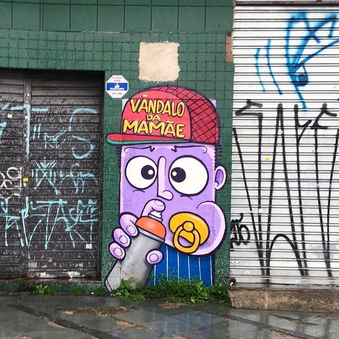 @chivitz fazendo meu dia bem mais feliz #streetartsp #chivitz #chivitzeminhau
