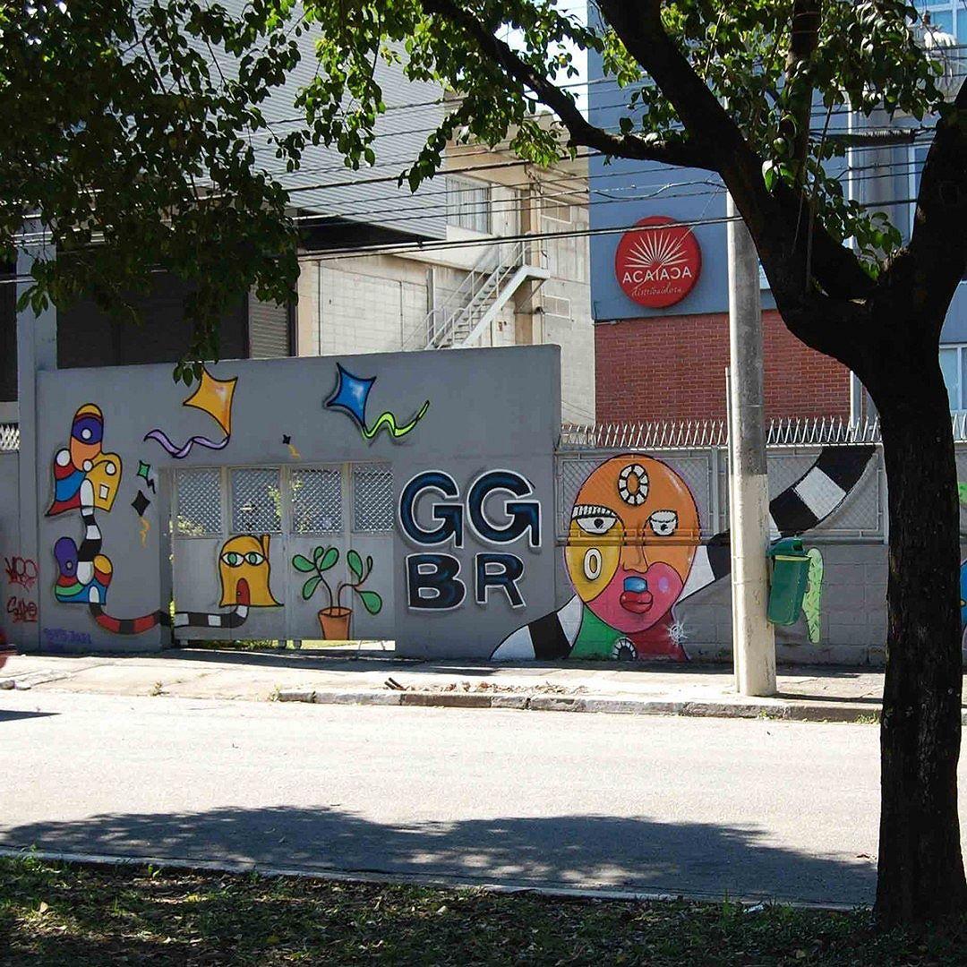 A GGBrasil também apoia a arte de rua, inclusive, a fachada de nossa sede em São Paulo é repleta de grafites. #StreetArtSP #arteurbana #art #streetstyle #streetart #arteurbana #arteurbanasp #urbanart #splovers #artederua #grafittisp #sampagrafitti #grafitti #arte #grafittibrasil #wallart #sp4you #saopaulo #sp #splovers #coolsampa #spdagaroa #fotografia #editoraggbrasil #ggbrasil #editoragg