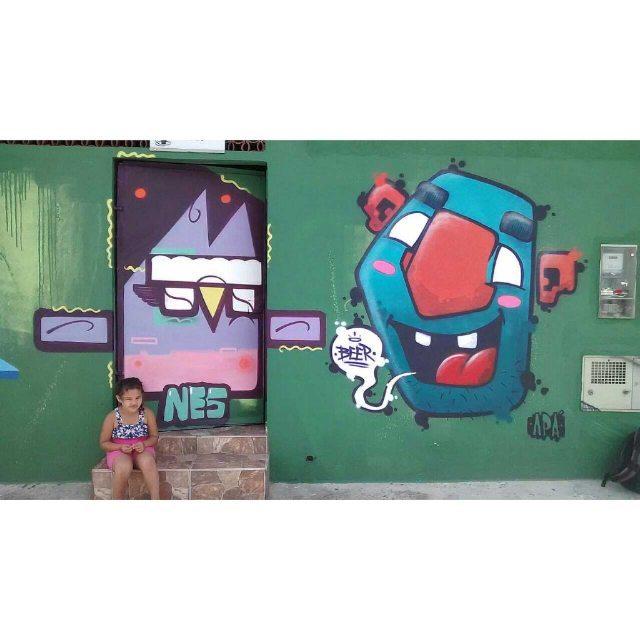 Domingo de sol em Ferraz com o mano Pikoti Foto: Pikoti #graffiti #graff #graffart #art #arte #arts #artist #colors #color #cor #cores #apa #apaone #brazilianart #brazilianstyle #brazilianartist #streetartsp #streetart #urbanstyle #urbanart #urbanartist #maiscorporfavor #character #cartoons #beer
