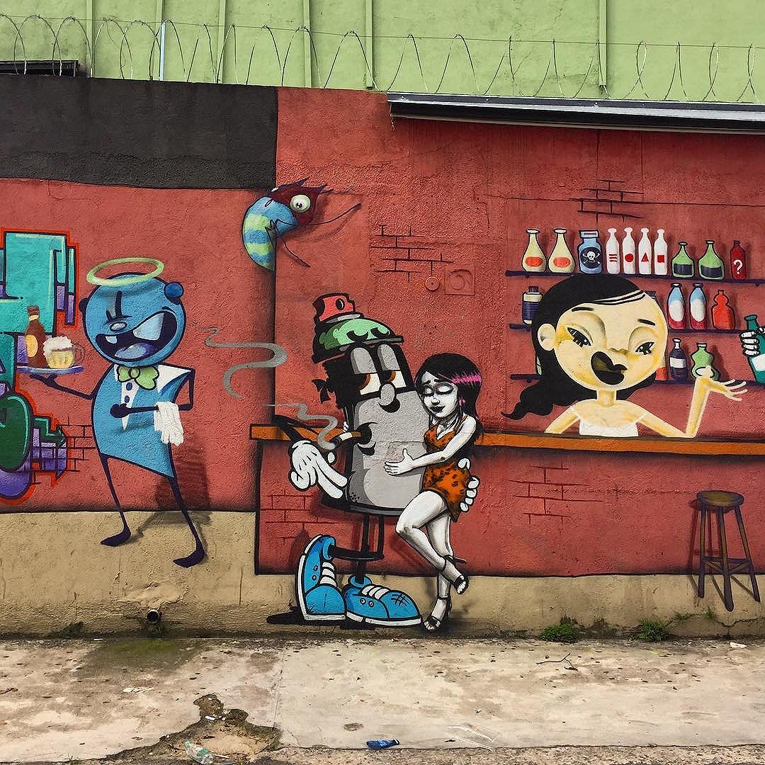Drink. Spray. Love. #sp #sampa #saopaulo #saopaulosao #saopaulocity #olharesdesampa #esquinasp #sp4you #splovers #euvejosp #nasruasdesaopaulo #nasruasdesp #ilovesaopaulo #brazil #art #urbanart #urbanwalls #streetphotography #streetarteverywhere #streetart #streetartsp #graffiti #graffitisp #graffitiwall #graffitiigers #graffitilife #graffitilove #graffitistyle #wanderlust