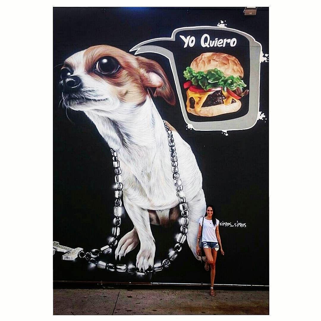 More street art, please! #streetart #arteurbana #urbanografia #graffiti #sipros #cadilacburguer #burguer #dog #instadog #lowrider #siprosart #yoquiero #realismart #graffitiart #grafitti #artederua #streetarteverywhere #streetartistry #sp #splovers #011 #mooca #streetartsp #sampa