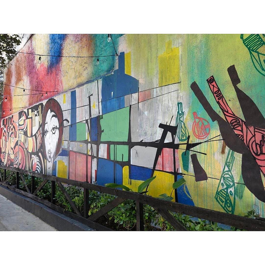 Street Art em Sampa Rua_Girassol SãoPaulo_SP_Brasil_Data:20140907 Câmera: #SONY_RX100M2 Photo: J Goncalves #sony #brasil #br55 #brazil_repost #catracasp #cidadedagaroa #cliquedodiasp #euamosp #ig_saopaulo #instagrambrasil #tsplovers #sousampa #sp4you #saopaulonline #saopaulowalk #saopaulo_originals #spinfoco #saopaulocity #saopaulocity #tvminuto #TopSampaPhotos #vejasp #vcnouol #vilamadalena