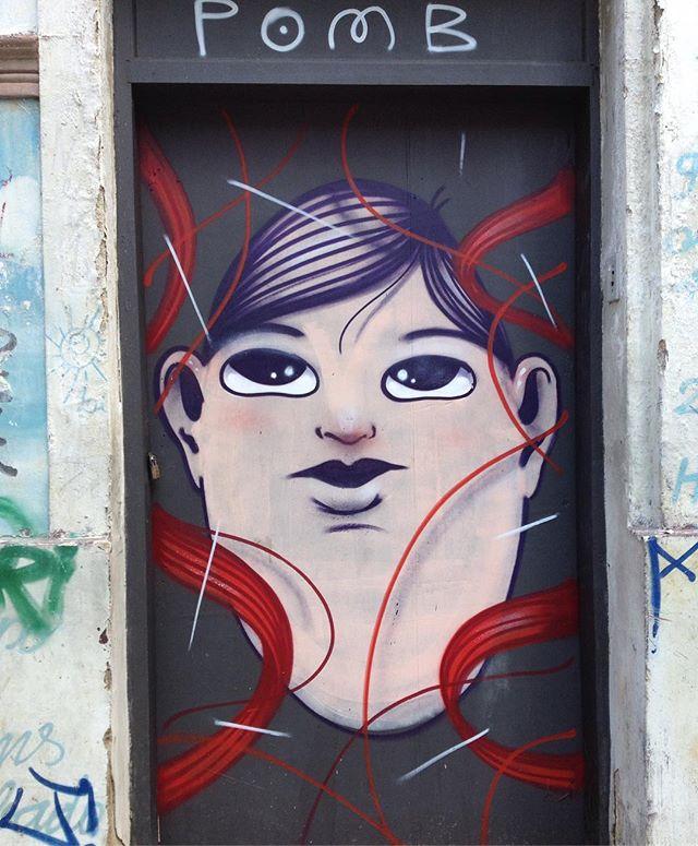 #streetart #arteurbana #streetartsp #arteurbanasp #artederua #grafite #grafitesp #grafiteirodebrasilia #grafiteirodf/sp #ruafreicaneca #sampa #pomb_ @pomb_