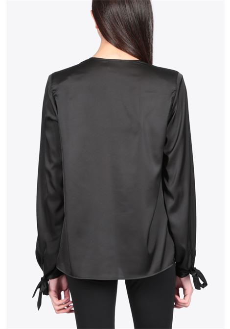 V-NECK SATIN BLOUSE NEVERBETHESAME | 6 | 246BLACK