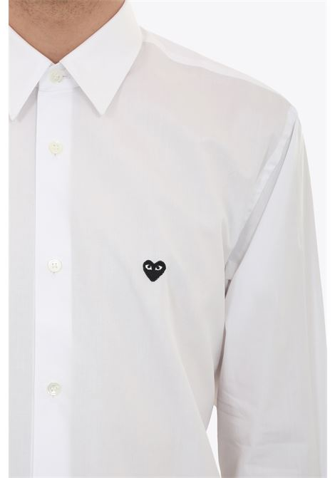 SHIRT BLACK HEART PATCH COMME DES GARCONS PLAY | 6 | P1B014 PLAY SHIRTWHITE
