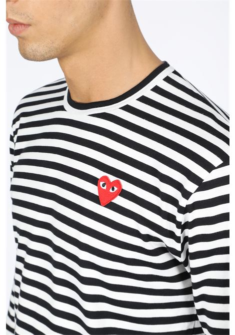 STRIPED T-SHIRT RED HEART PATCH COMME DES GARCONS PLAY | 8 | P1T164 PLAY STRIPED T-SHIRTBLACK/WHITE