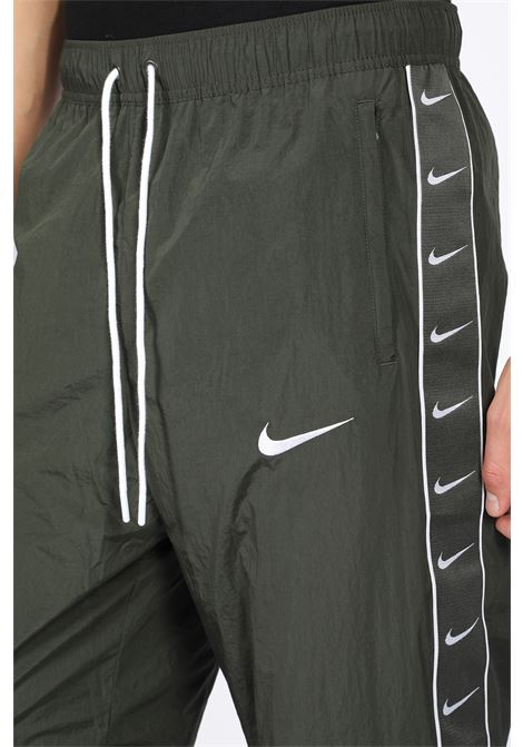 NIKE | 9 | CD0421 356 SWOOSHGREEN