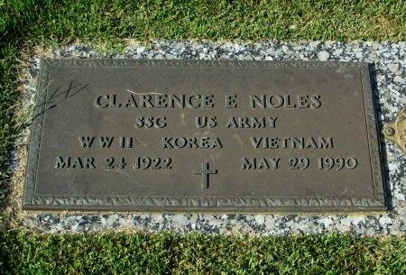 NOLES (VETERAN WWII KOR VIET), CLARENCE E - Carroll County, Tennessee | CLARENCE E NOLES (VETERAN WWII KOR VIET) - Tennessee Gravestone Photos