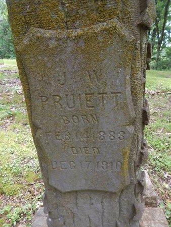PRUIETT, J W (CLOSE-UP) - Dyer County, Tennessee | J W (CLOSE-UP) PRUIETT - Tennessee Gravestone Photos