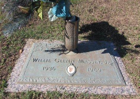 MASSEY, WILLIE GLENN, JR. - Giles County, Tennessee | WILLIE GLENN, JR. MASSEY - Tennessee Gravestone Photos