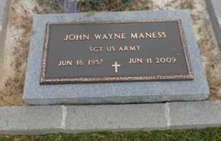 MANESS (VETERAN), JOHN WAYNE - Henderson County, Tennessee | JOHN WAYNE MANESS (VETERAN) - Tennessee Gravestone Photos