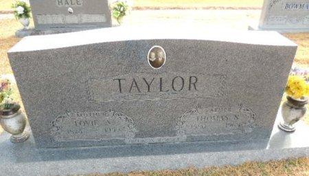 TAYLOR, LOVIE A - Henderson County, Tennessee | LOVIE A TAYLOR - Tennessee Gravestone Photos