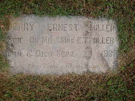 MILLER, JERRY ERNEST - Knox County, Tennessee   JERRY ERNEST MILLER - Tennessee Gravestone Photos